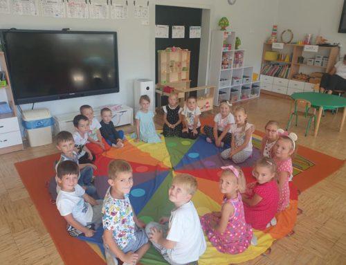 Międzynarodowy Dzień Kropki w przedszkolu.